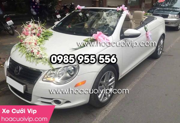 thuê xe cưới Volvo mui trần màu trắng
