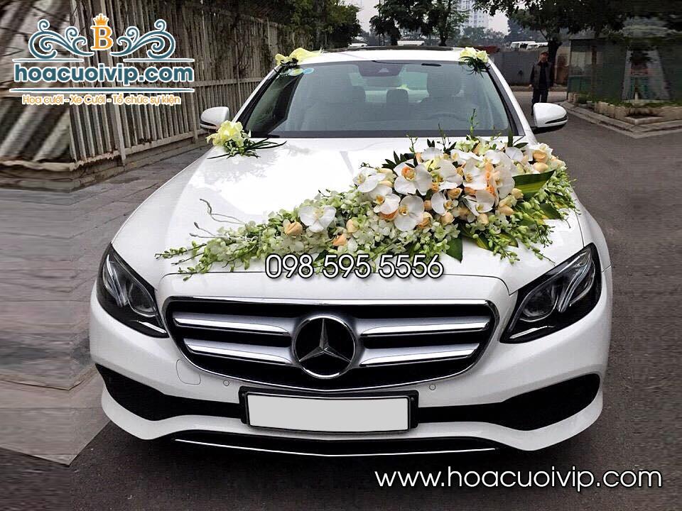 thuê xe cưới mercedes E300 2018 màu trắng