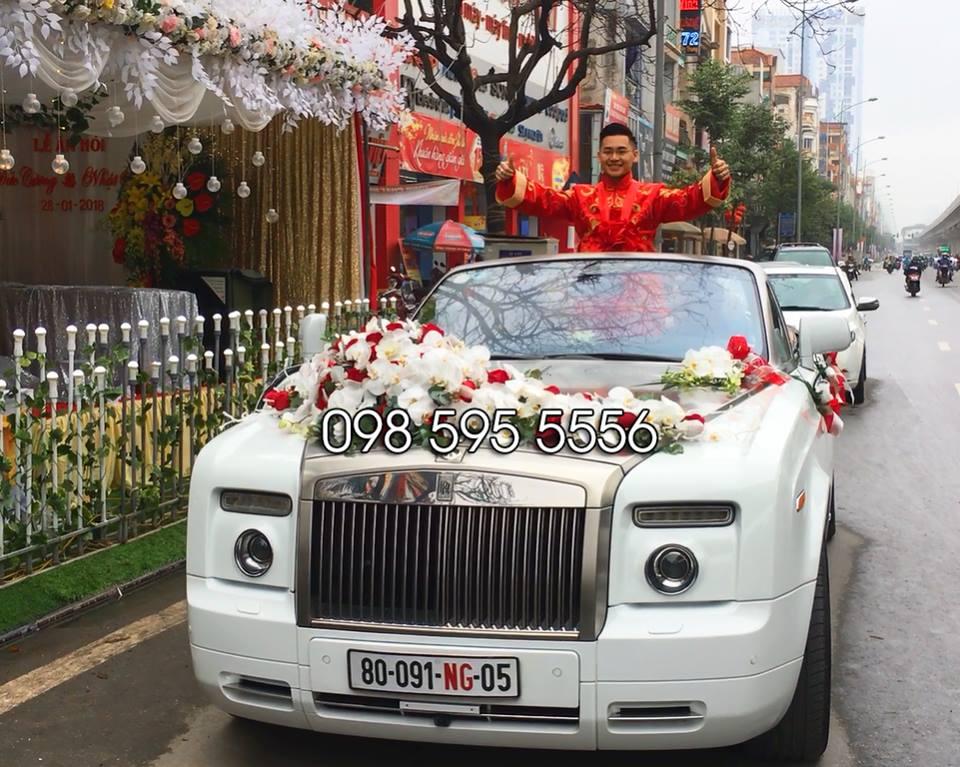 thuê xe cưới rolls royce phantom mui trần